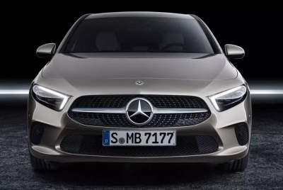 Mercedes-Benz анонсировала модель с 400 лошадьми