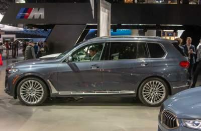 BMW X7 оказался просто огромным