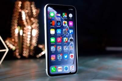 Apple снизила цены на смартфоны