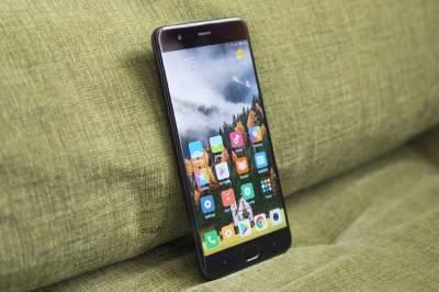 Xiaomi официально прокомментировала инцидент со взрывом смартфона