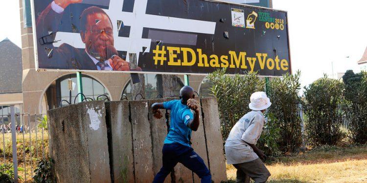 Правительство Зимбабве отключило интернет после протестов